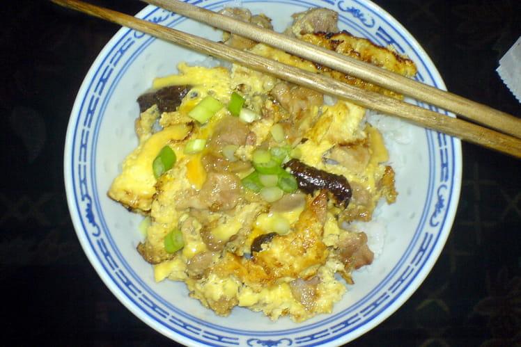 Oyako Donburi (poulet et oeufs)
