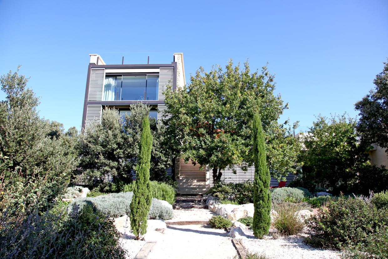 Plantes Pour Jardin Contemporain comment aménager un jardin méditerranéen ?