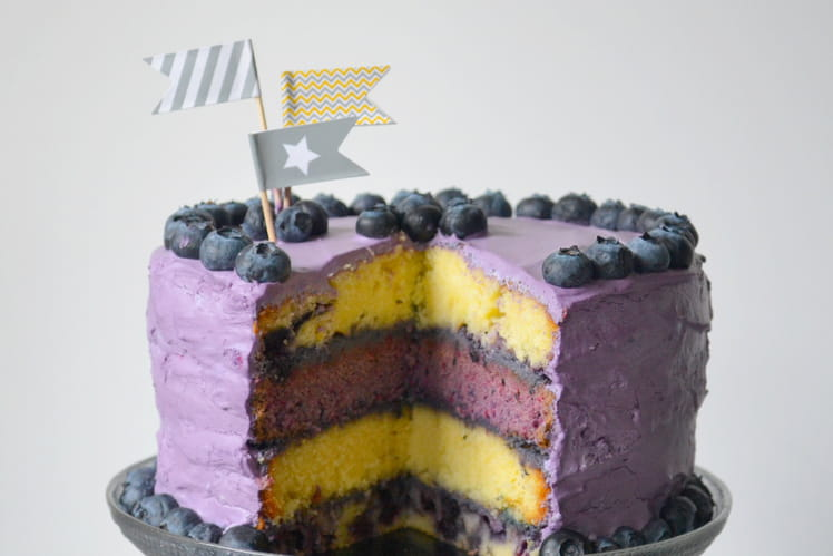 Layer cake aux myrtilles