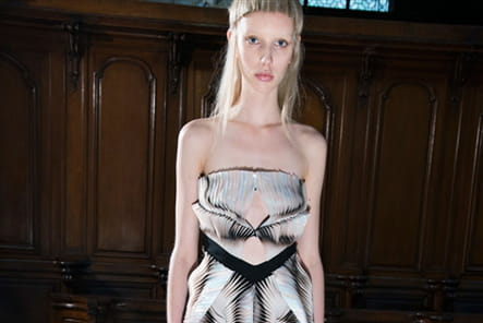 Iris Van Herpen (Backstage) - photo 16