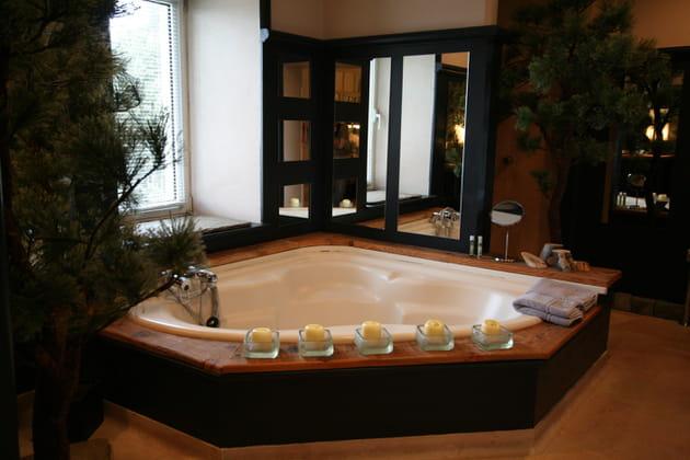 Une salle de bains nature