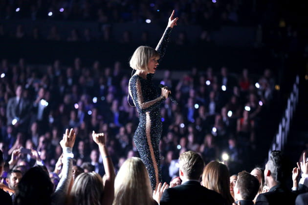 Taylor Swift a brillé aux Grammy Awards