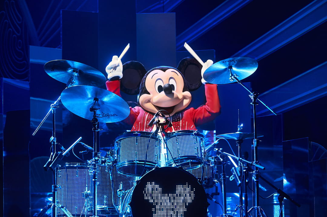 Mickey-et-le-big-bang-de-noel-disneyland-paris