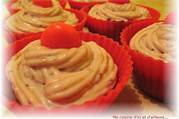 Cupcakes à la cannelle, crème de fraises