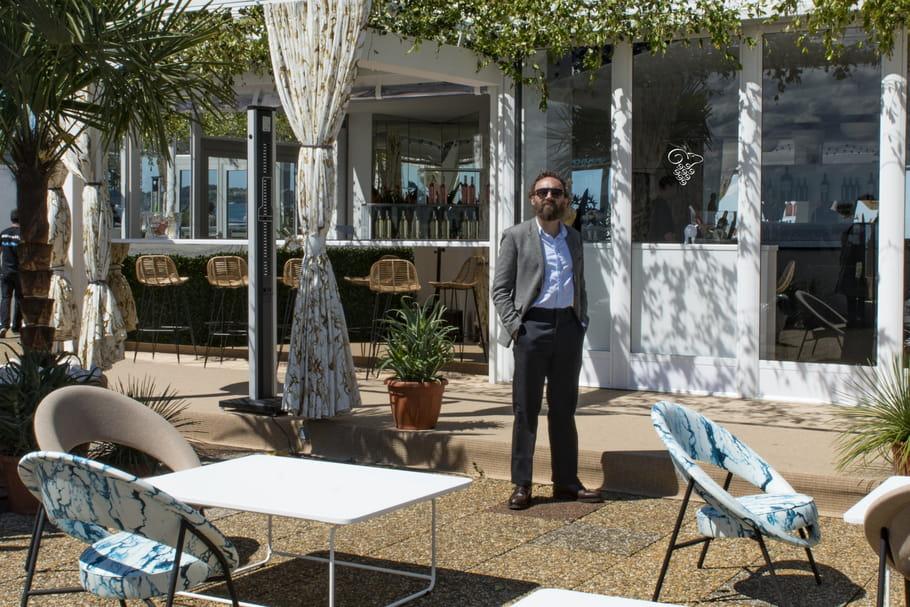 Mathias Kiss embrasse la baie de Cannes