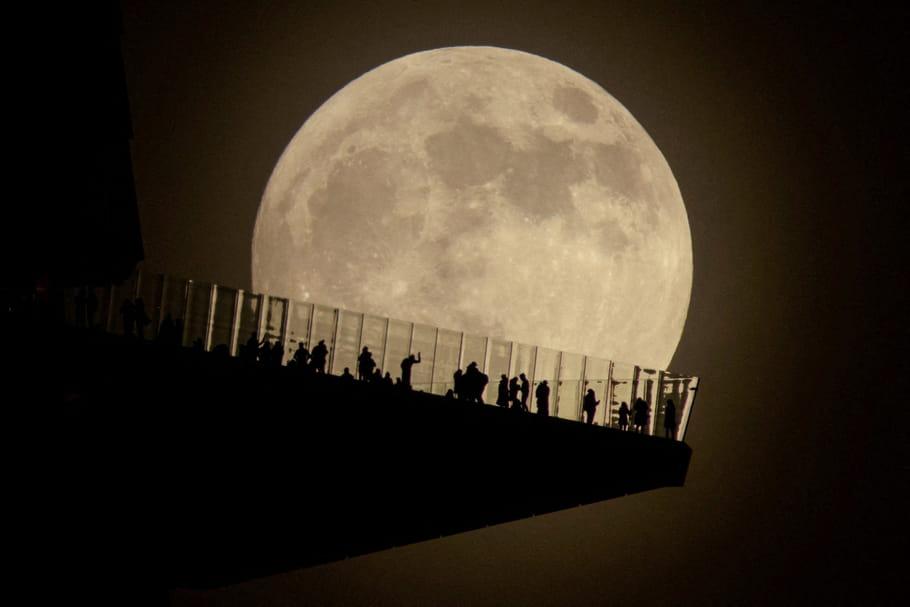 Pleine Lune de Castorce 30novembre: effets et changements en vue!