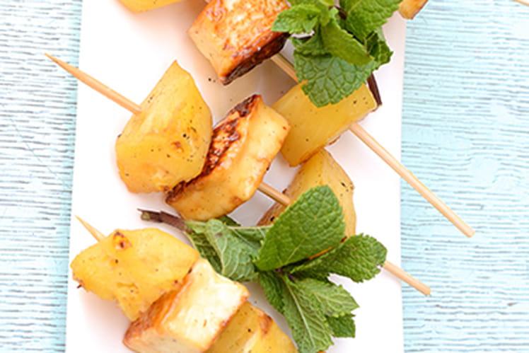 Brochette d'ananas et Grillis