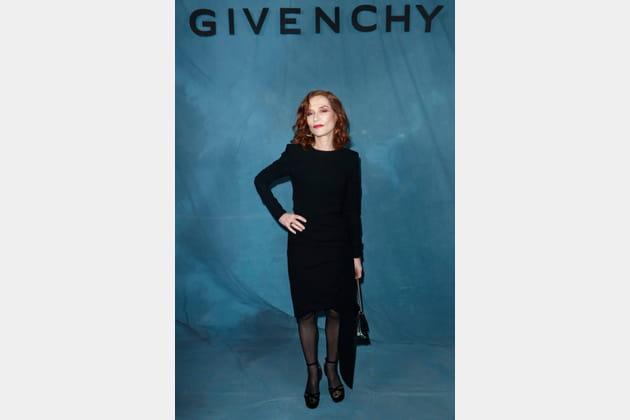 Isabelle Huppert au défilé Givenchy