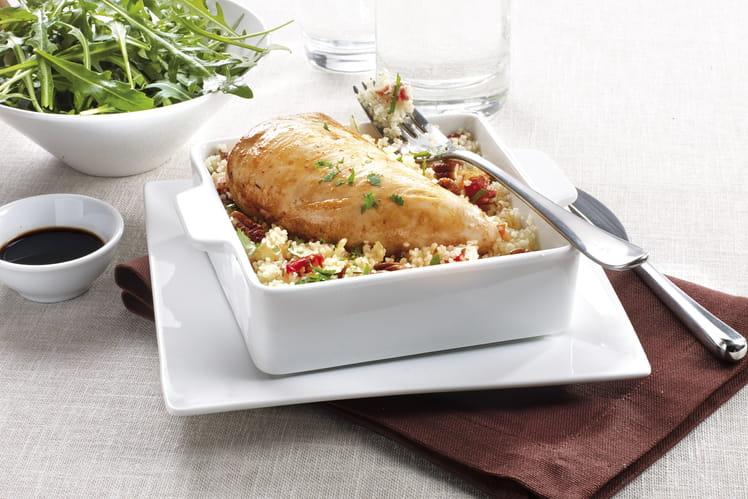 Filet minute de poulet sur lit de semoule aux saveurs exotiques