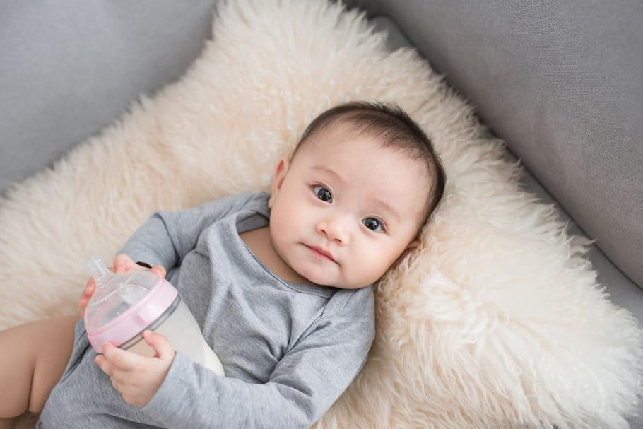Le bébé de 9 mois