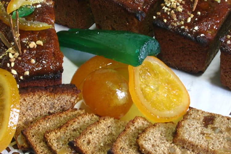 Pain de châtaigne aux épices et fruits confits