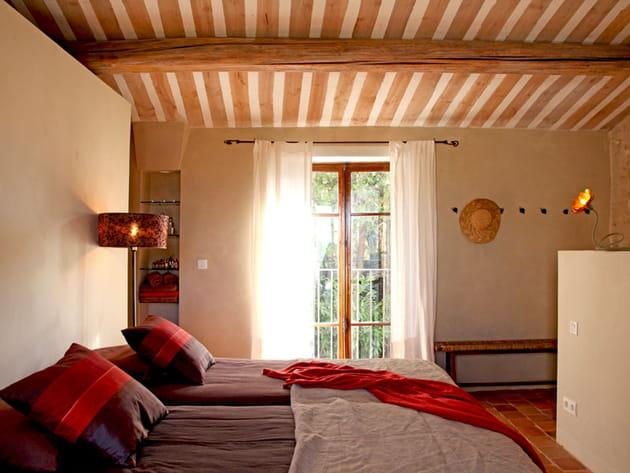 Une chambre sous les toits - Chambre sous les toits ...