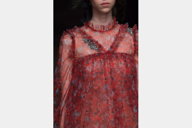 Erdem (Close Up) - photo 30