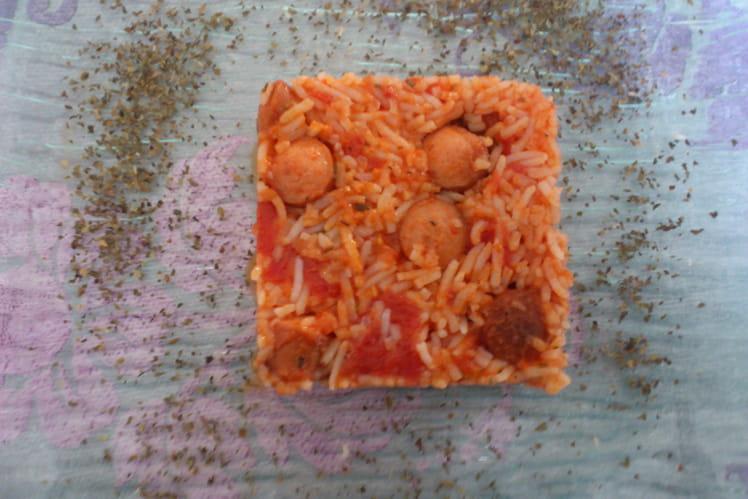 Riz aux saucisses et à la tomate