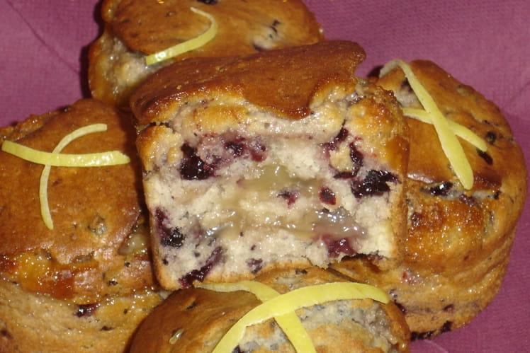 Muffins aux myrtilles et marbrures de lemon curd