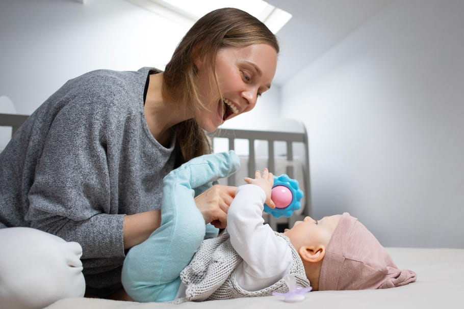 Hochet: les meilleurs modèles pour bébé