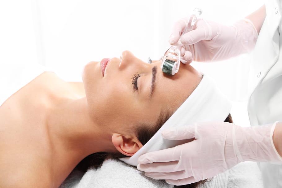 Micro-needling: gros plan sur ce soin à micro-aiguilles pour la peau
