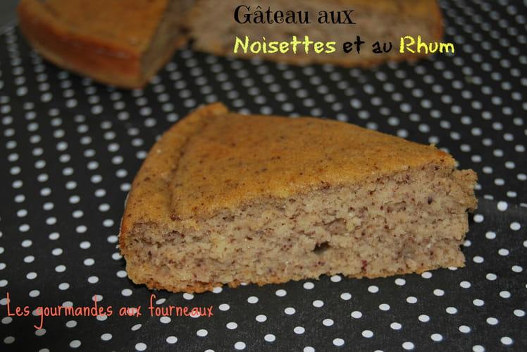 Gâteau aux noisettes et au rhum