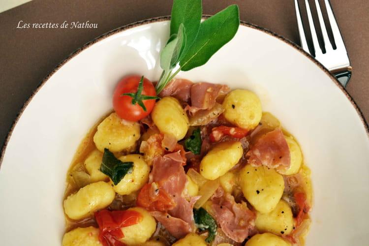 Gnocchi de pomme de terre au jambon de Parme et à la sauge