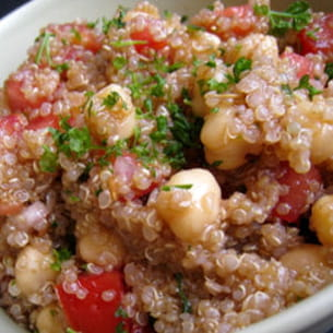 taboulé de quinoa aux pois chiches et tomates