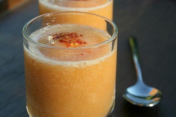 Verrines de smoothie épicé melon-granny