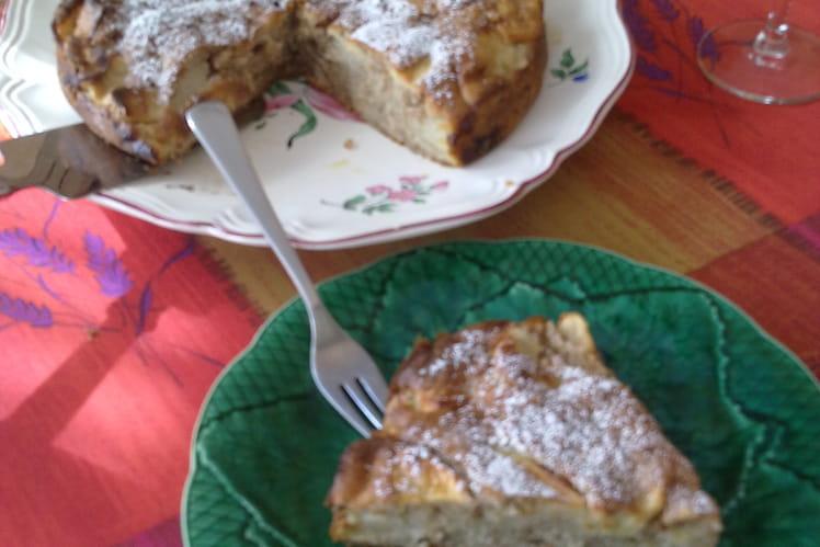 Gâteau aux noix et aux pommes