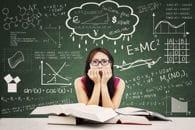 l'effet du stress est paradoxal.