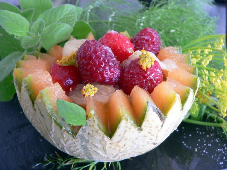 recette de salade de fruits d 39 t au sirop de menthe. Black Bedroom Furniture Sets. Home Design Ideas