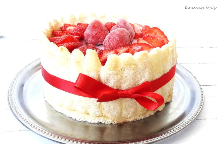 Charlotte vanillée aux fraises