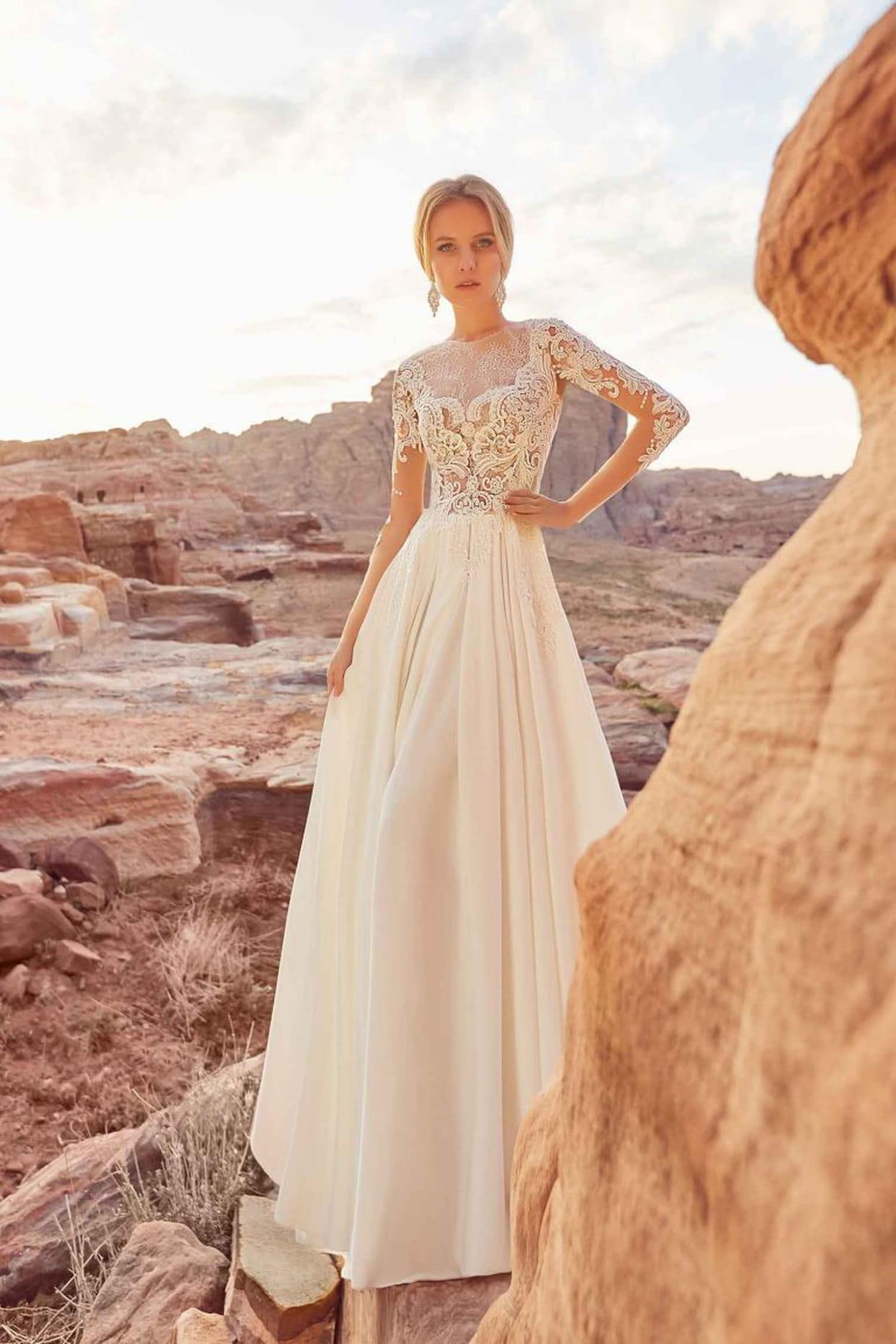 60fa15ff8793e Robe de mariee Zara