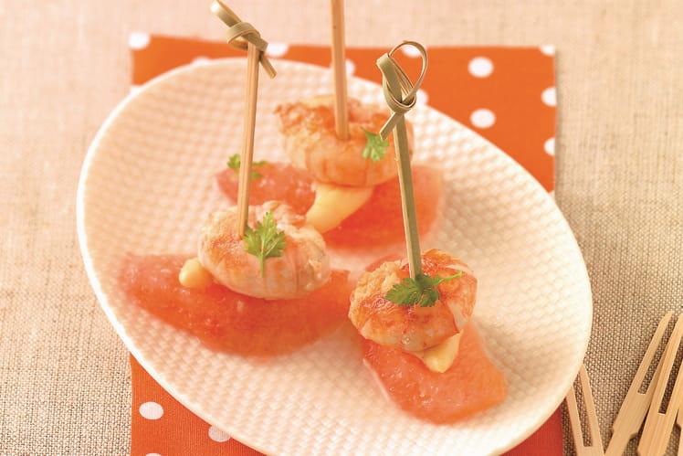Petites bouchées de langoustines au pamplemousse et asperges blanches