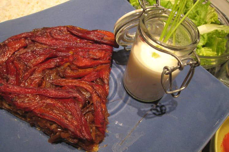 Tatin caramélisé oignons-poivrons sauce au chèvre
