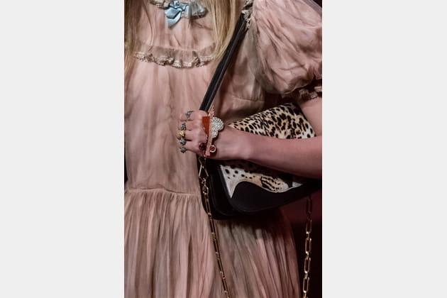 Gucci (Close Up) - photo 19