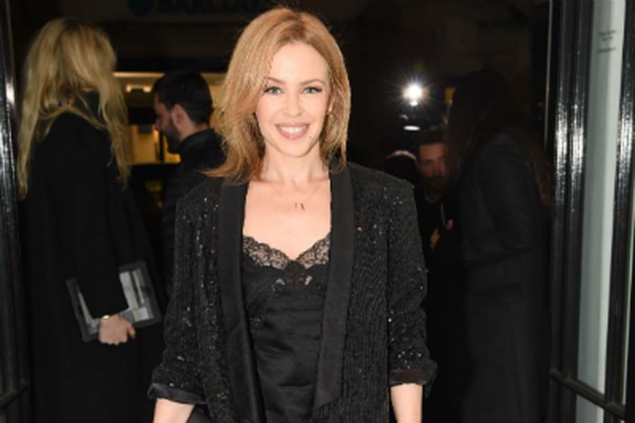 Le look people du jour: Kylie Minogue, féminin-masculin