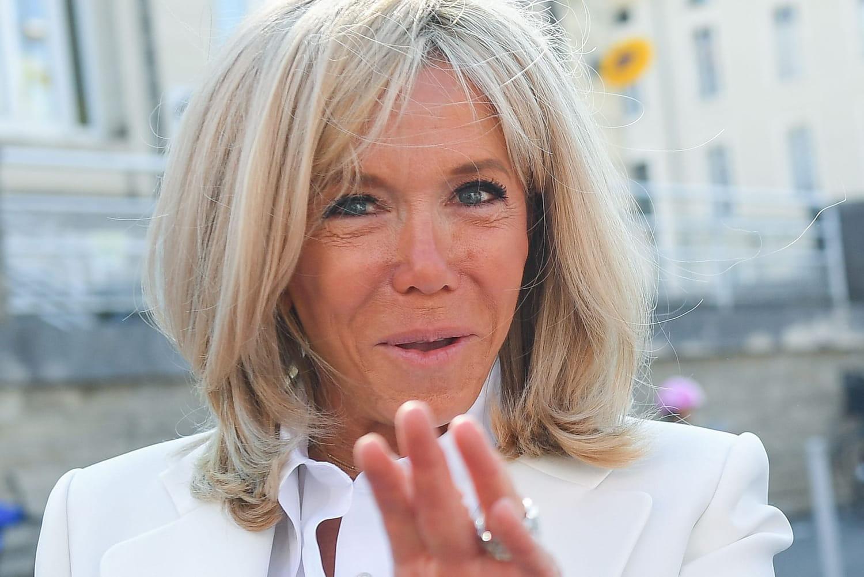 """Brigitte Macron, """"petite princesse"""" très gâtée"""