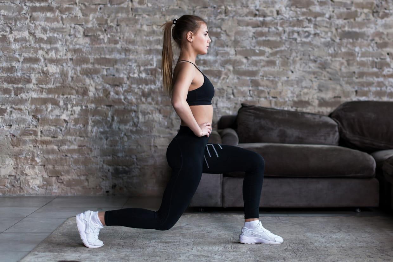 Gymnastique A Faire Chez Soi 10 exercices pour s'affiner les jambes à la maison