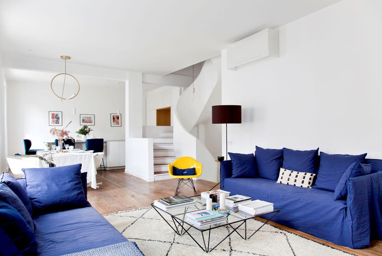 Salon Noir Blanc Jaune salon bleu : la couleur plus tendance que jamais !