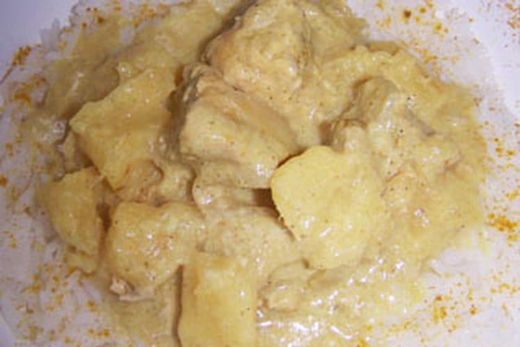 Curry de porc à l'ananas et  lait de coco