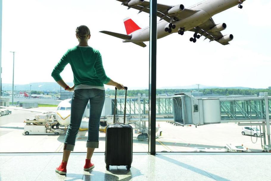 Voyage en avion : ces habitudes qui font planer les Françaises