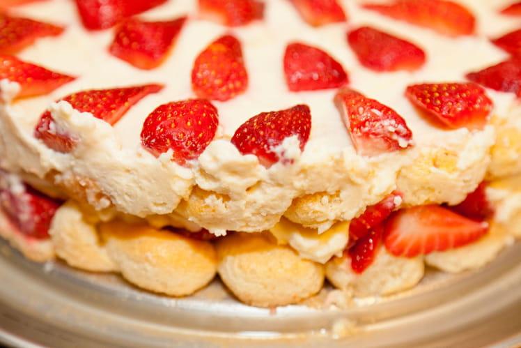 Tiramisu aux fraises familial et express