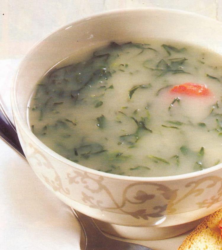 recette de caldo verde soupe aux choux la recette facile. Black Bedroom Furniture Sets. Home Design Ideas