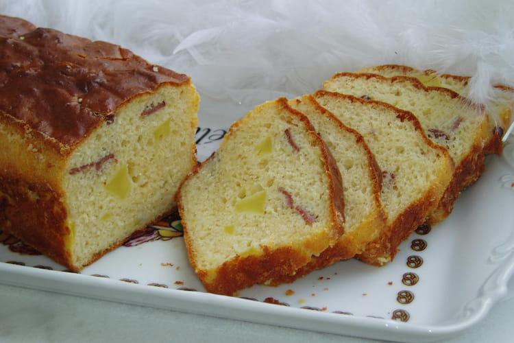 Cake au magret de canard fumé et aux pommes