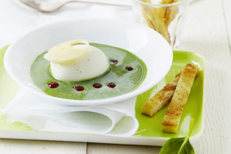 Crémeuse d'épinards au St Môret®, oeufs mollets, groseilles et wasabi