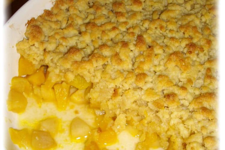 Crumble pommes-patidou et noisette