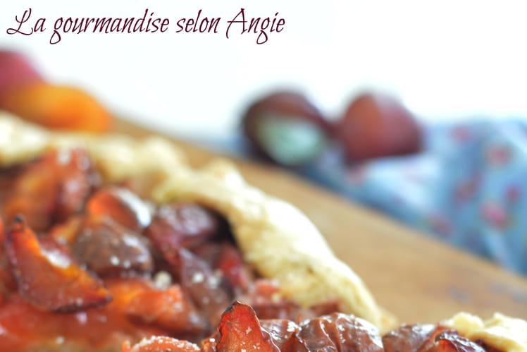 Tarte rustique aux prunes & amandes