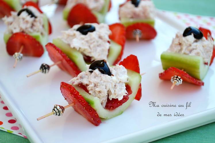 Concombre farci aux fraises et rillettes de thon