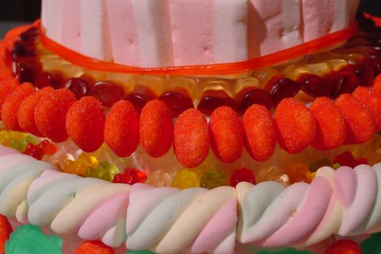 Pièce montée de bonbons