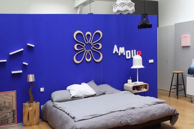 Une Chambre Bleu Klein