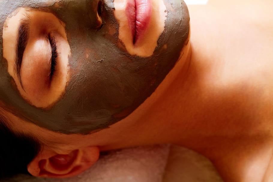 Les secrets du charbon pour une peau zéro défaut