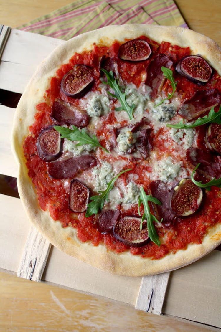 Pizza Magret De Canard Gorgonzola Et Figues